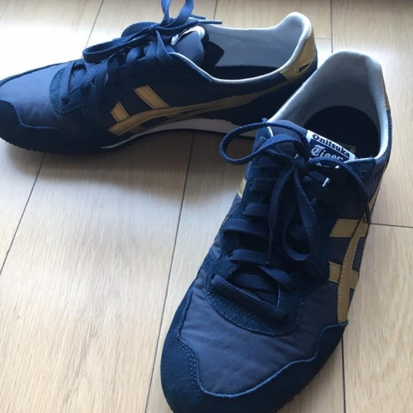 new product cedb6 66a4b Onitsuka Tiger Serrano Navy and Blue Sneakers